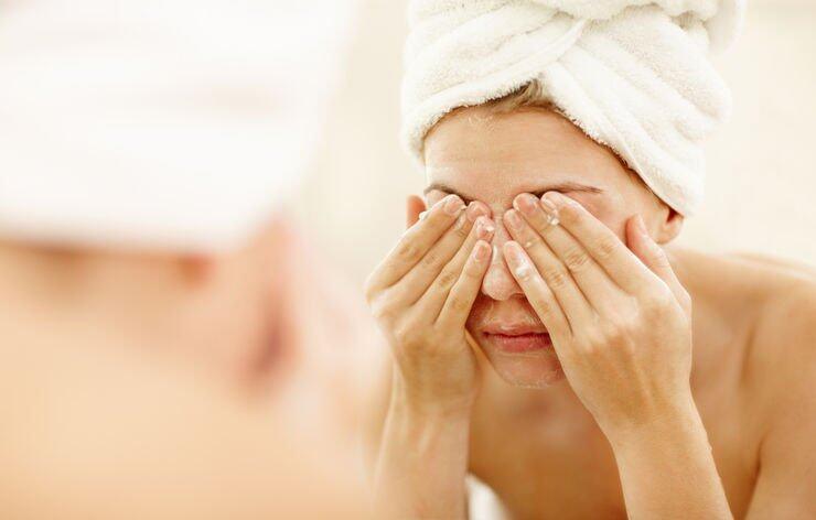 只要選得對、用得對,就不怕卸妝油會引發暗瘡及粉刺。