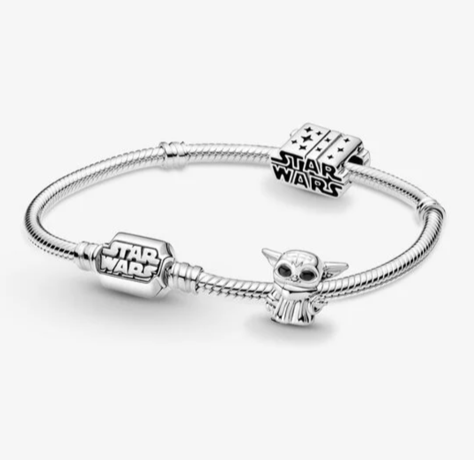 Disney Star Wars™ The Mandalorian Bracelet and Charm Set