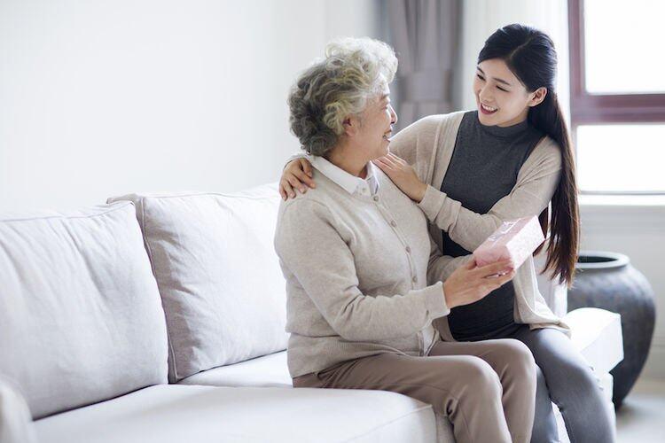 見家長必知10大禮儀|第一次或婚後見家長同樣適用|討長輩歡心不只靠