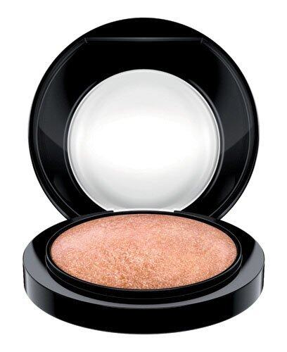 M.A.C Haute Dogs Collection Mineralize Skinfinish Cheeky Bronze($275)