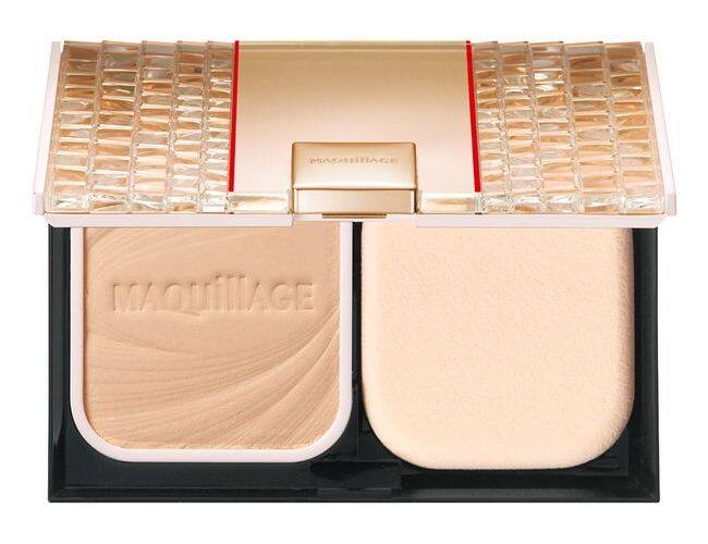 MAQuillAGE Dramatic Powdery Compact UV